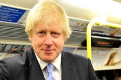 İngiltere, Rusya Ve İran Büyükelçilerini Dışişlerine Çağırdı