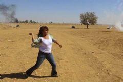 Polise Ve Askere Taş Atan HDP'li Aysel Tuğluk Tutuklandı