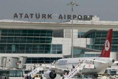 Atatürk Havalimanı'nda Uçuşlara Kar Engeli