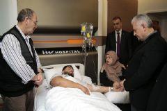 Başbakan Yıldırım Yaralıları Hastanede Ziyaret Etti