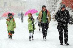 2 Ocak Pazartesi Günü 3 İlde Eğitime Kar Engeli