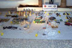 Silopi'de PKK Cephaneliği Bulundu